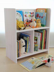 シンプルな小型の絵本棚 使用例の拡大写真