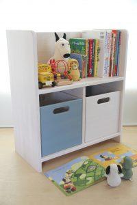 絵本棚とおもちゃ箱 塗り分け